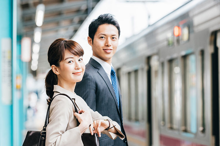 【女性編】結婚挨拶時の服装選びのポイント!写真付きで解説