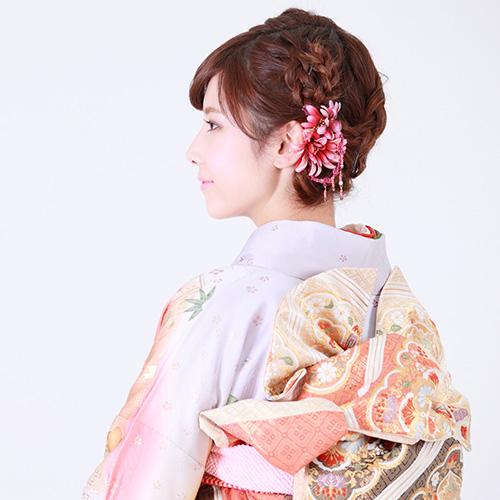 和装の編み込みヘア