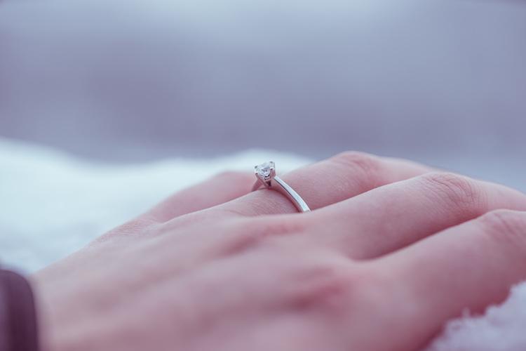 ソリティアの婚約指輪の購入前に知っておきたい、5つのこと