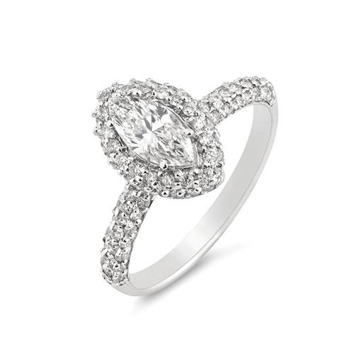 パヴェデザインの婚約指輪