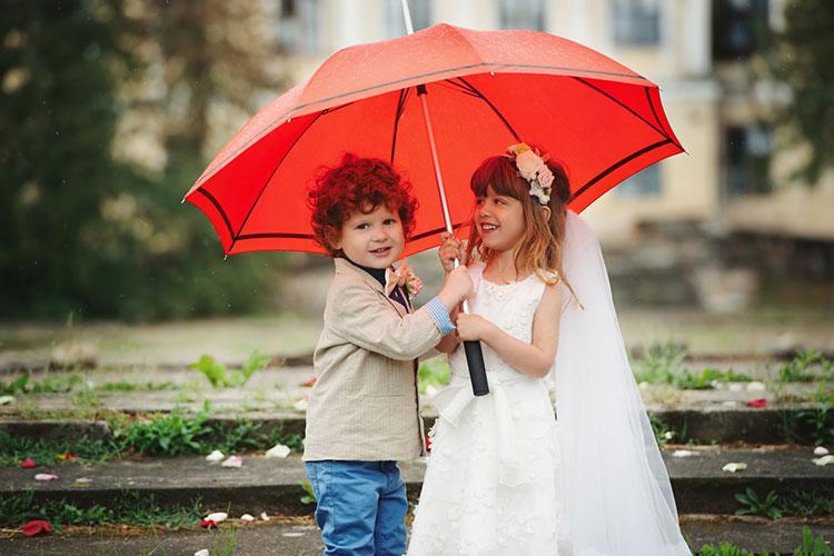 ガーデンウェディングを成功させるには『雨』の準備がポイント!