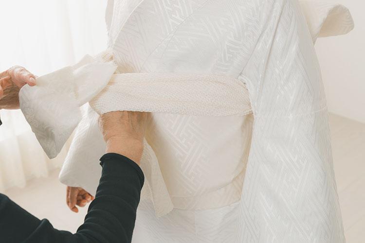 白無垢の着付け