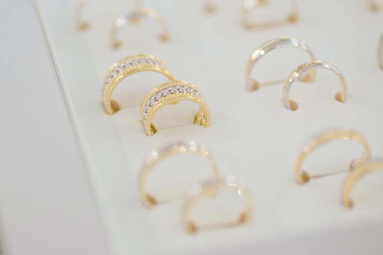 指輪 素材