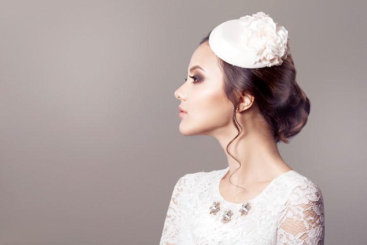 クラシカルドレスに合わせるヘッドドレス