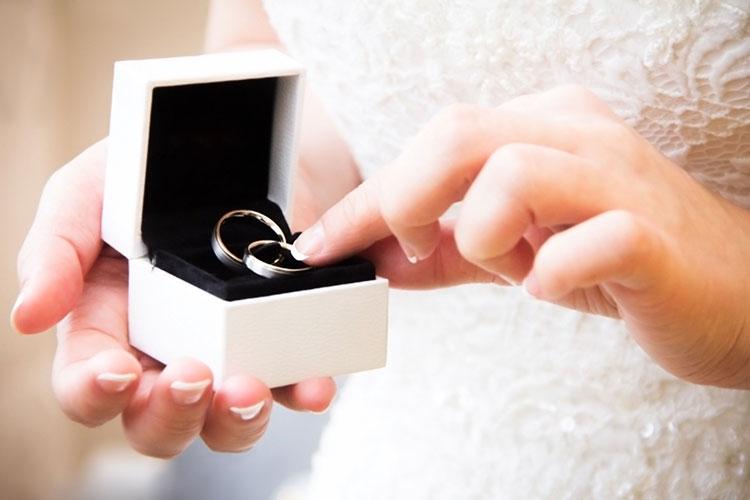 ジルコニウムの結婚指輪イメージ
