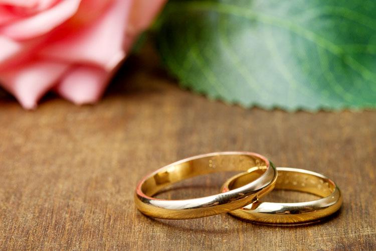イエローゴールドの結婚指輪