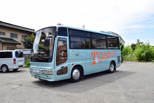 小型バスの一例
