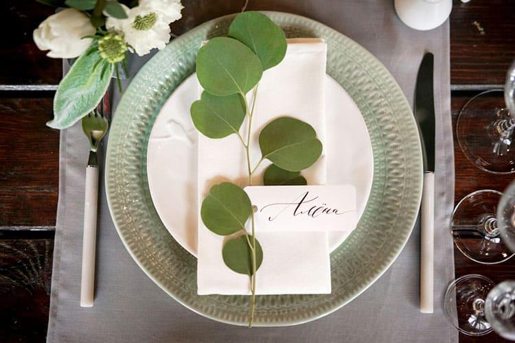安く・カンタンに作りたい!海外花嫁のシンプル席札アイディア