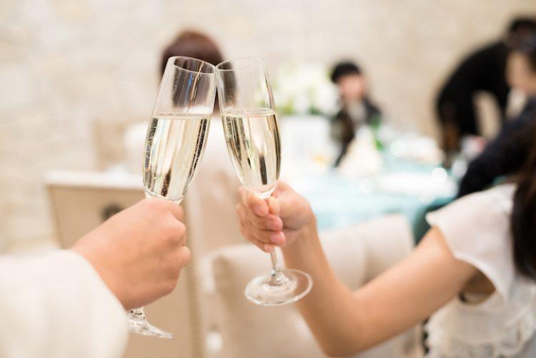 結婚式の二次会は会費制が主流!パターン別会費相場などを徹底解説