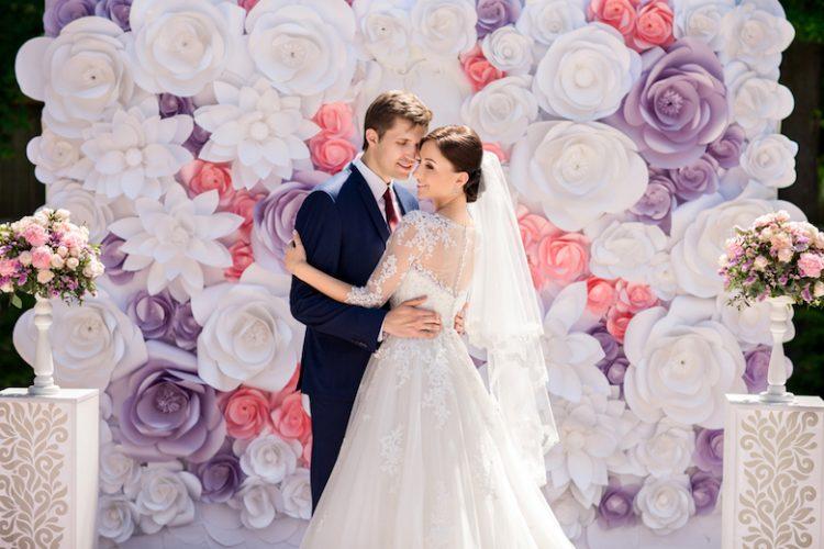 結婚式のテーマはどう決める?具体例など詳しく解説