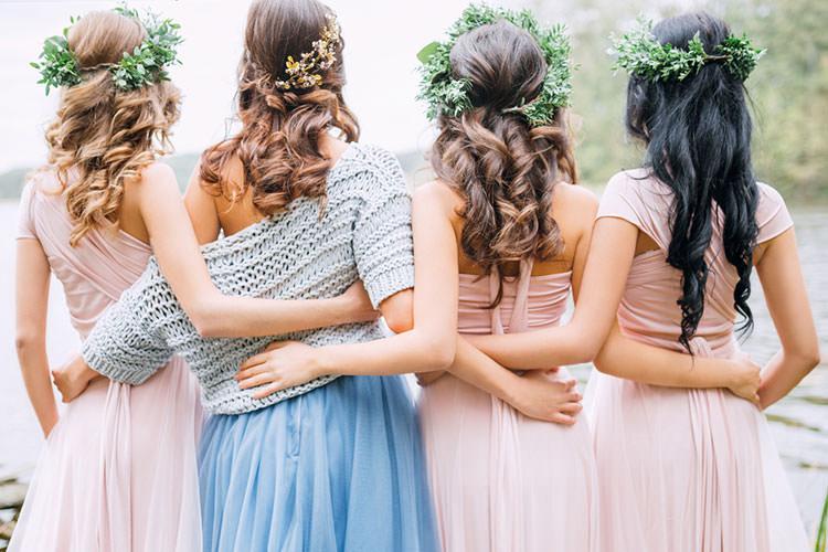 花嫁の髪型とヘッドドレス