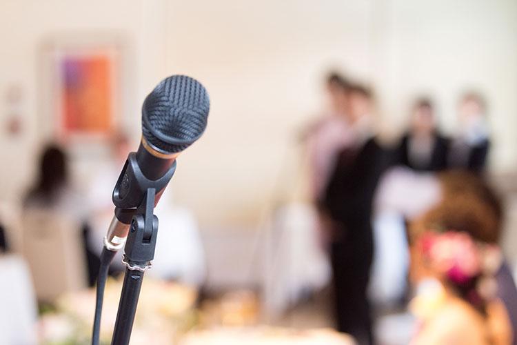 披露宴のスピーチや手紙