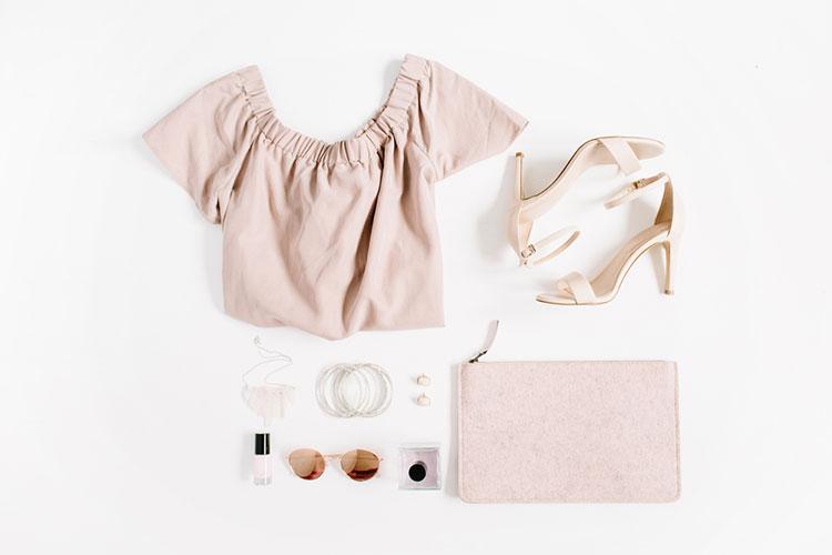 ブライダルフェアの服装