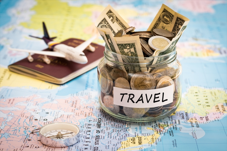 新婚旅行 ハワイ 予算 お金