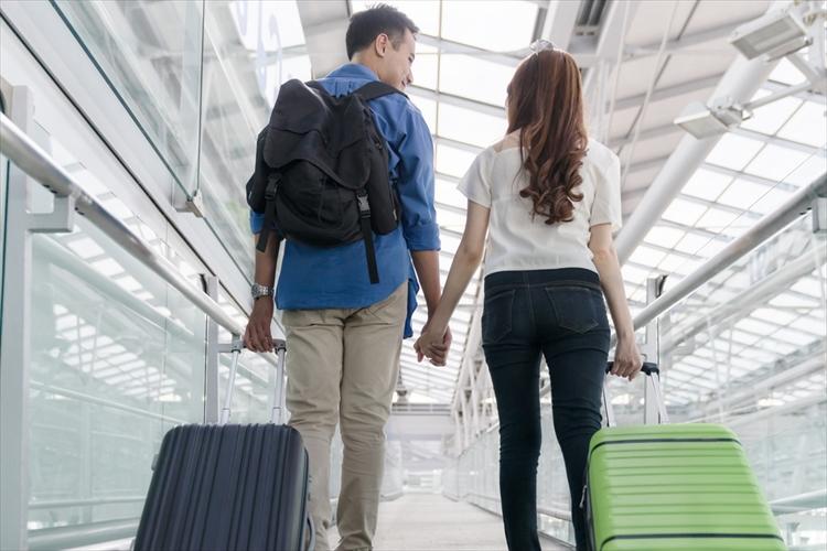 新婚旅行 ハワイ 予算 空港 カップル