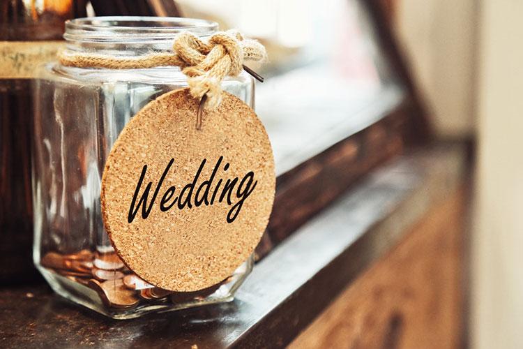 結婚式費用をブライダルローンで払う
