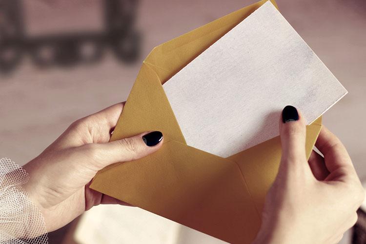 手紙と封筒