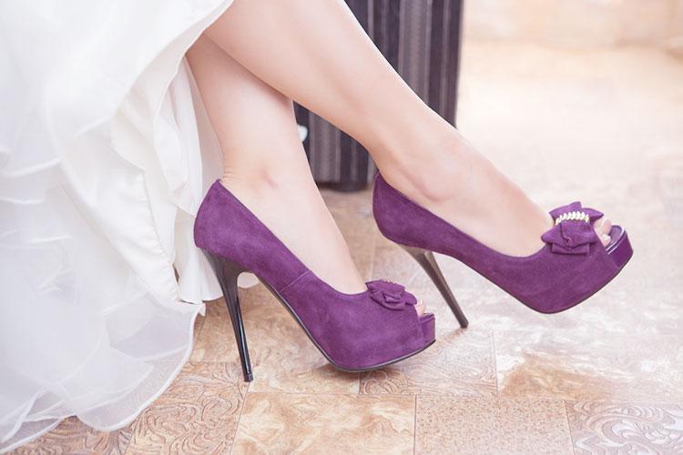 紫がテーマの結婚式