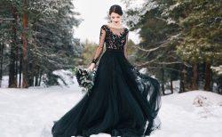 黒のカラードレス