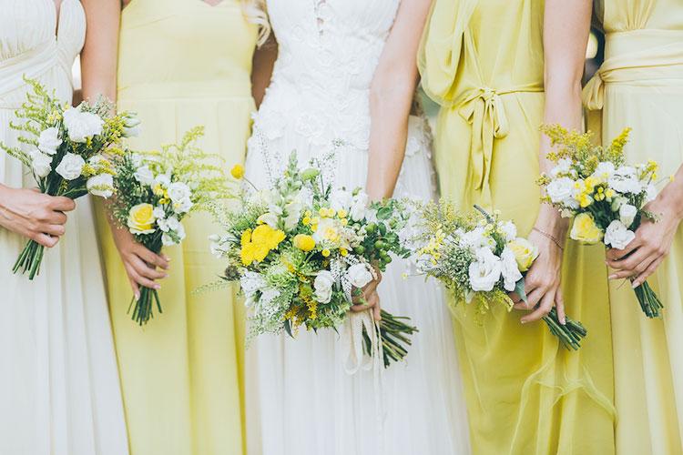 結婚式のテーマカラーを「黄色」に♪おしゃれなコーデアイディア