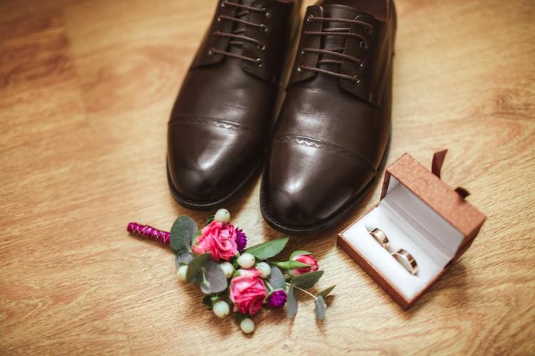 靴とリング