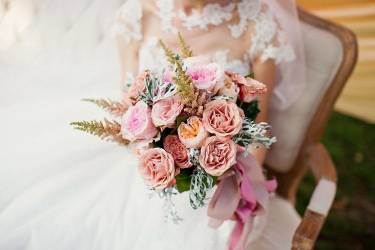 王道かわいい!バラを使ったウェディングブーケは海外花嫁をマネしたい!