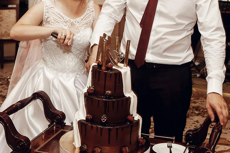 バレンタインにも!チョコレートウェディングケーキまとめ
