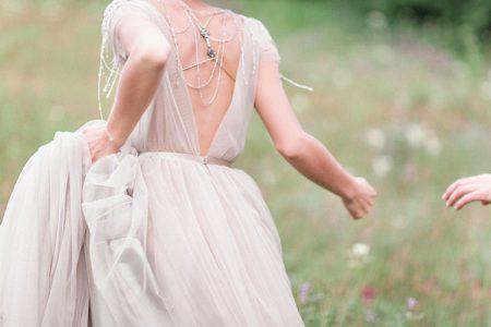 半袖のウェディングドレス