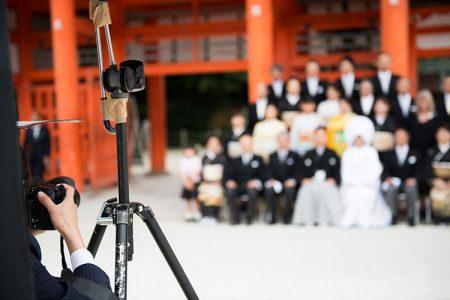 結婚式の親族写真