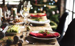 クリスマスウェディングのテーブルコーデ