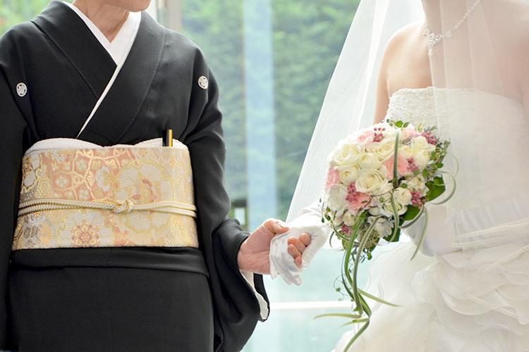 結婚式で「親族紹介」をしないのはアリ?代わりの方法を紹介