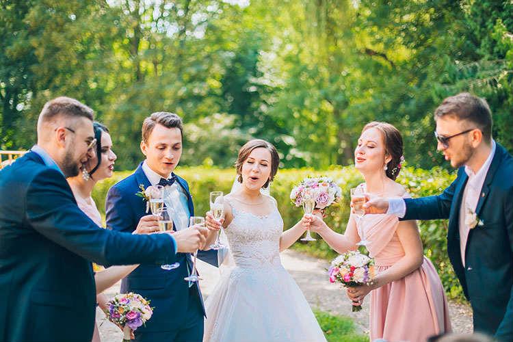 結婚式「時間帯」別!メリット・デメリットを解説
