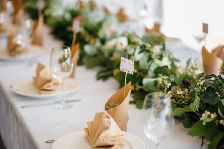 結婚式の新定番!1.5次会のすべてがわかる!【費用・流れ・衣装】