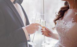 結婚式の二次会を新郎新婦別々にする