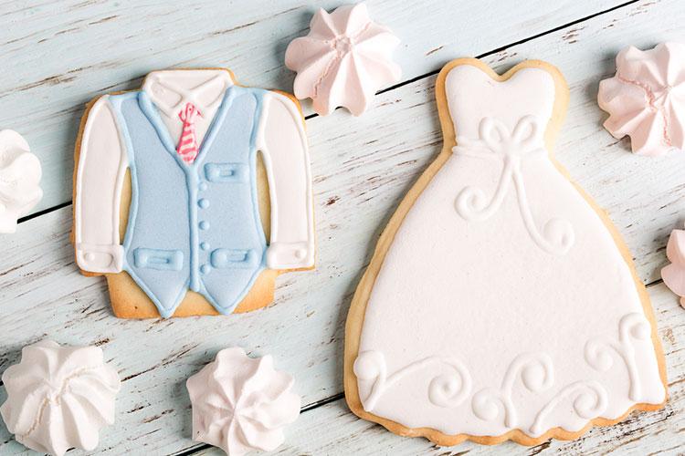 プチギフトにも◎結婚式デザインのアイシングクッキー