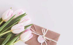 結婚式の招待状(春婚)