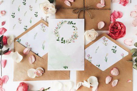 結婚式の招待状(花)