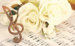 花嫁の手紙を歌で伝える「レターソング」って?感動&思い出に残る演出