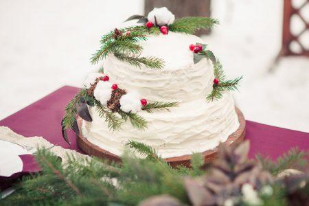 冬のウェディングケーキ