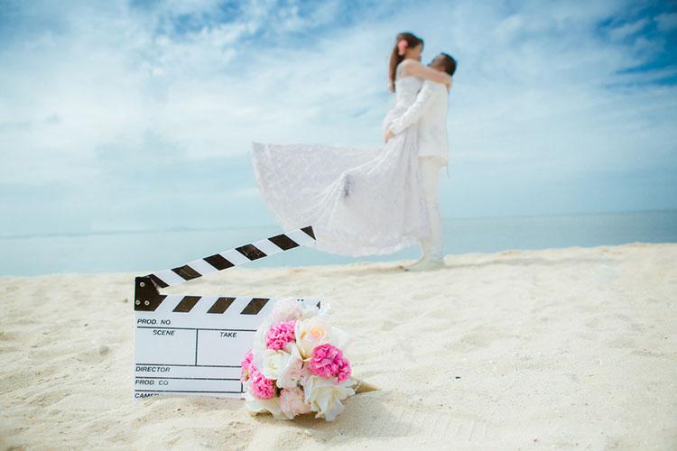 結婚式の前撮り小物は何を使う 定番 トレンドアイテムまとめ 花嫁
