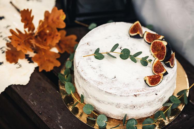 【秋婚】秋挙式にぴったり◎ウェディングケーキデザイン【ハロウィンも】