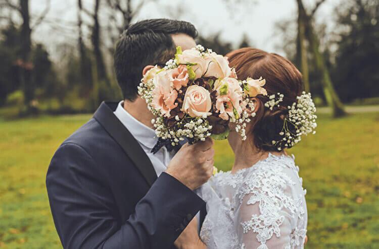 結婚式が恥ずかしい!シャイな新郎新婦の結婚式スタイル