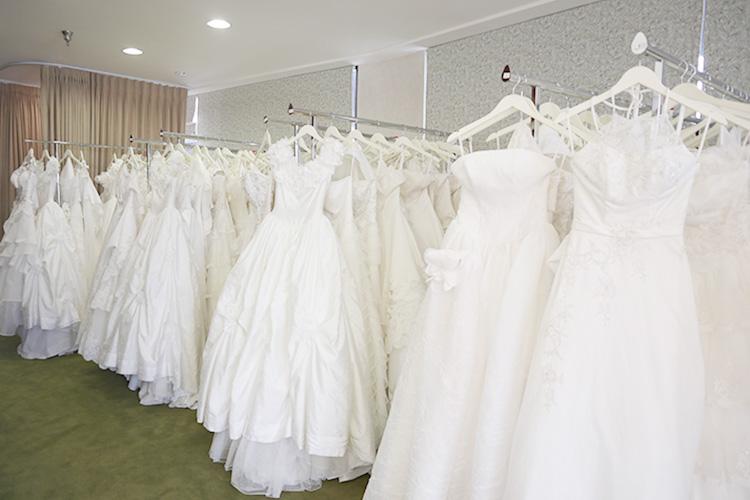 結婚式で着られなかったドレスデザインを選べるのがうれしい