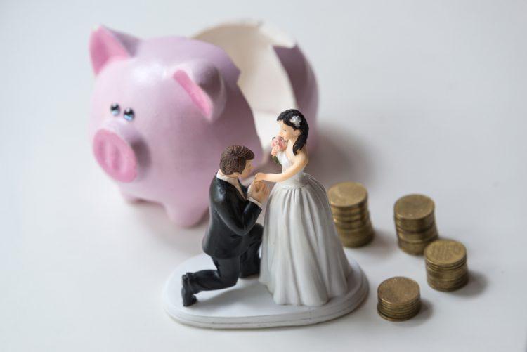 結婚式を貯金なしでも挙げるには?必要な結婚資金一覧