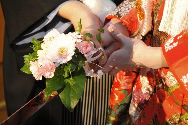 成人式の振袖、花嫁が結婚式で着てもいい?華やかに見える着こなし方