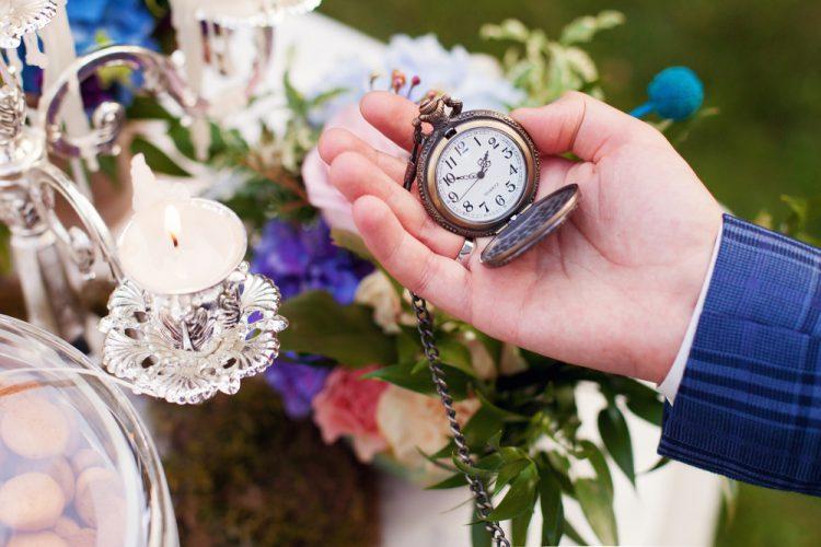 結婚式にかかる時間はどのくらい?余る・足りない場合の対応策