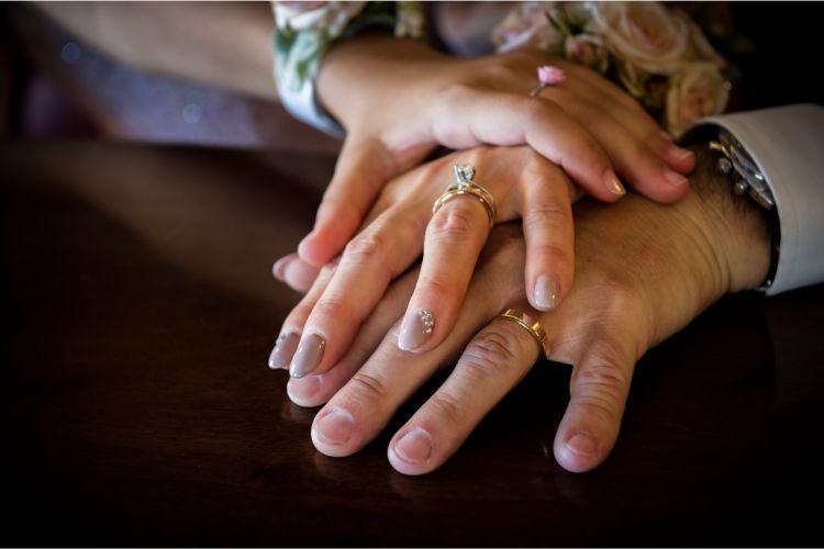 再婚でも結婚式をやりたい!迷惑に思われないアイディア・マナー