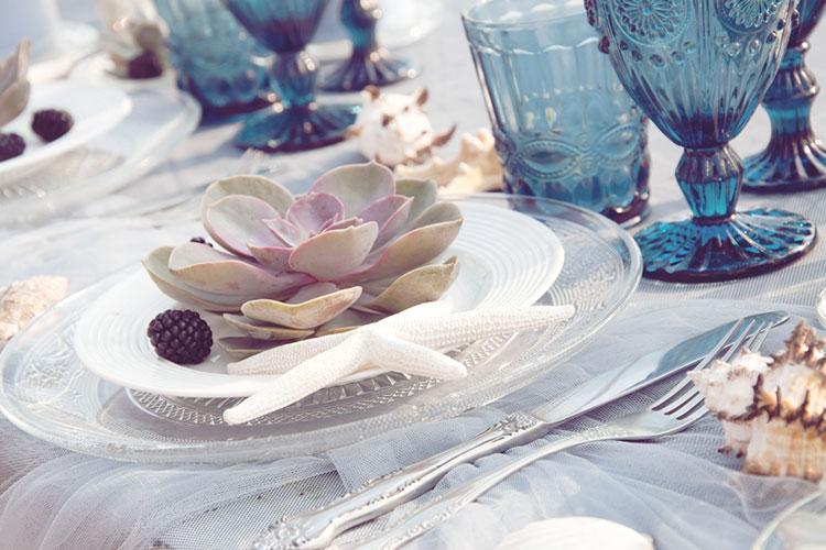 結婚式は「海」がテーマ!爽やかさ満点のテーブルコーディネート16選