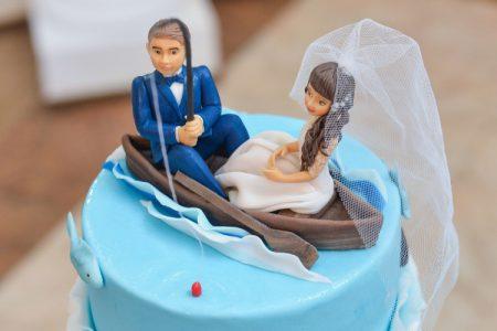 ウエディングケーキ 面白い