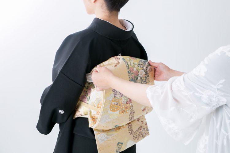 【結婚式】親族の着付けマナー!費用負担は新郎新婦がするもの?
